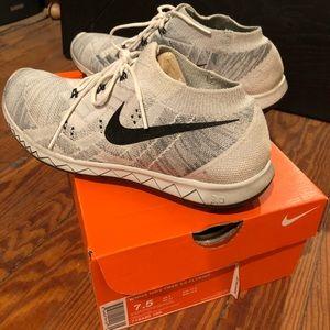 Nike Women's Free 3.0 Flyknit Sneakers